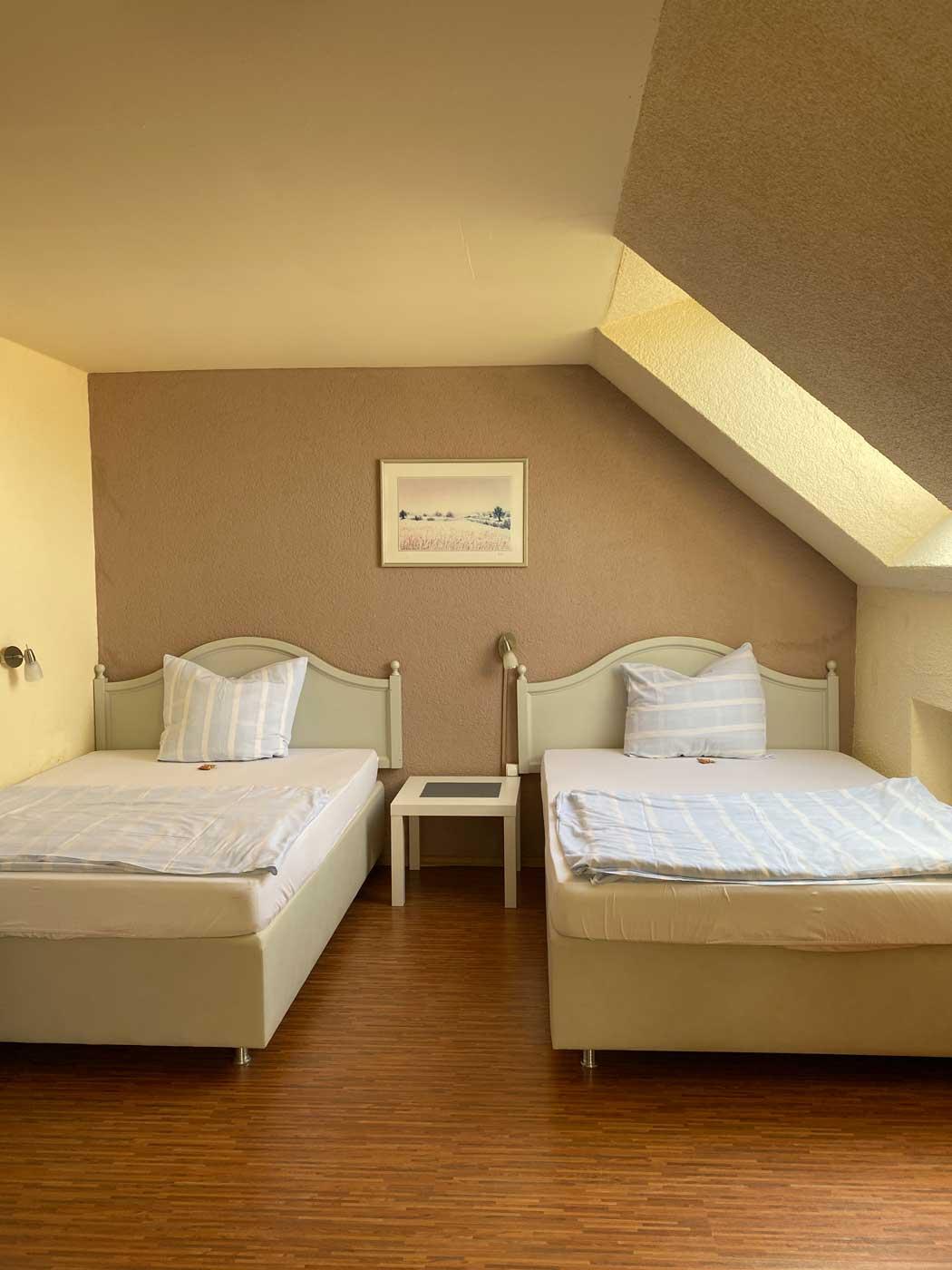 Doppelzimmer-Darmstadt-Riedstadt